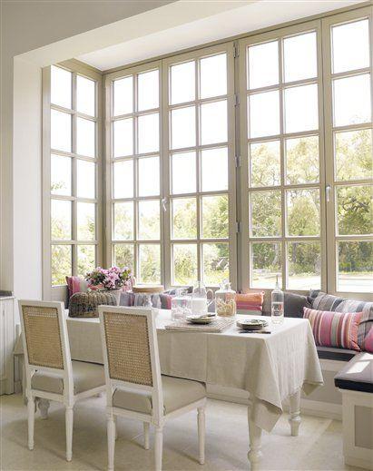 Impressive bank of windowsDining Room, Decorating Blogs, Breakfast Nooks, Design Ideas, Living Room Design, Windows Seats, Design Kitchen, Decor Blog, South Shore Decorating