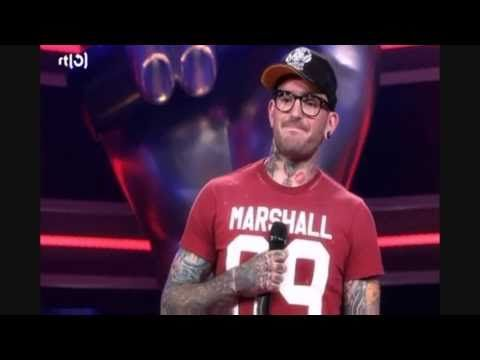 ▶ THE Voice of Holland, Use Somebody by Ben Saunders - YouTube