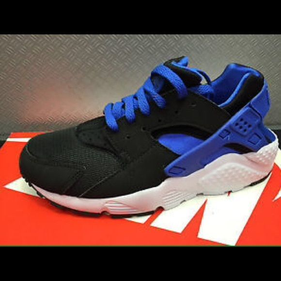 143e64d4b184 discount code for nike air huarache black lyon blue white great condition  worn twice but aren