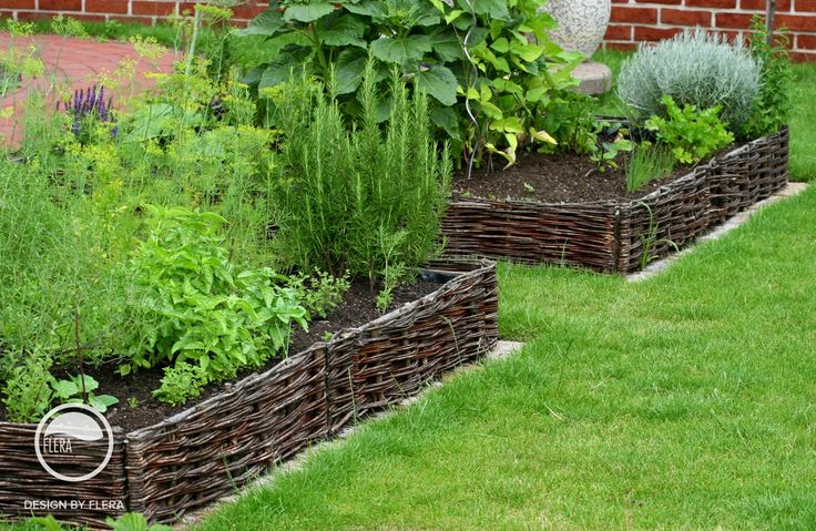 #landscape #architecture #garden #natural #herbs #willow #bed