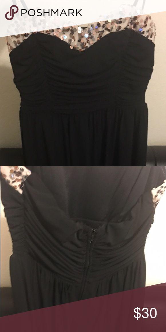 Lil Black Dress💫 Chiffon🌹 Rose gold /silver sequence black dress Dresses Strapless