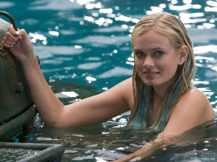 Seven Mermaids And Sirens Of The Silver Screen => http://www.celebrityy.com/p/25709