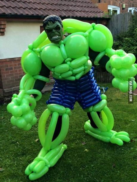 Hulk costume made of baloons