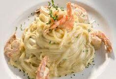 Los camarones es un complemento perfecto para una pasta, por eso prepara este fetuccini con camarones y sorpréndete de su delicioso sabor.