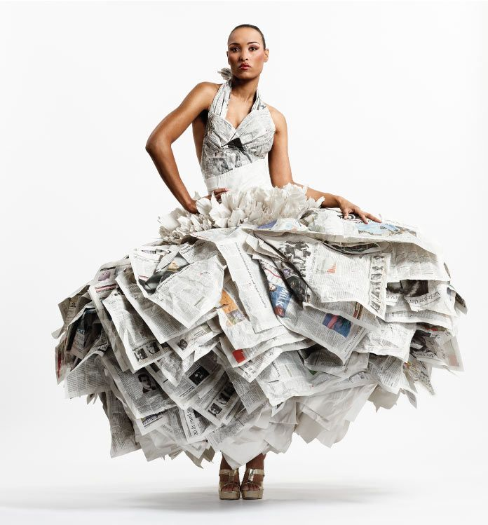 Kelly Murray, Gary Harvey e Caterina Crepax: stilisti del paper dress design.