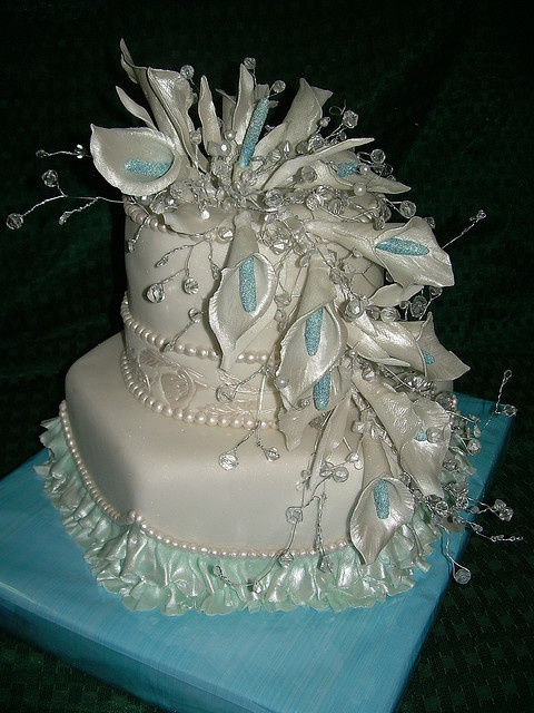 .Now this would have been my wedding cake if I had been given a choice..I'll take it for a birthday!