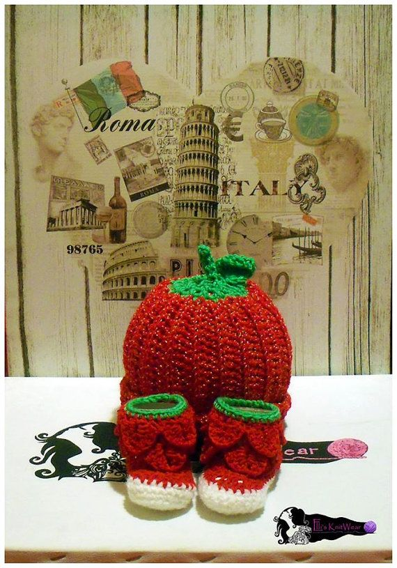 Baby Strawberry Set Bunny & Shoes by EllisKnitwearShop on Etsy