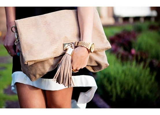 Big Style with Oversized Clutches
