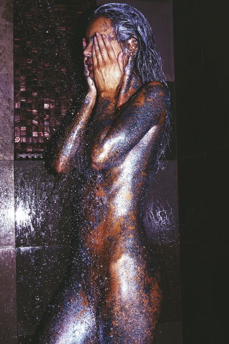 Disco influence - back in the 70s dancers would spray paint there body all over in silver or gold glitter this shows a modern interpretation #GlitterBody