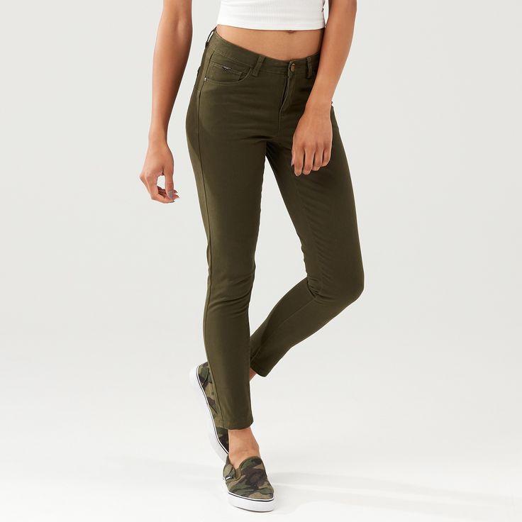 Spodnie slim fit