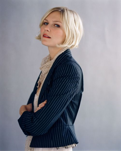 Tailored blazer with blouse. Kirsten Dunst.
