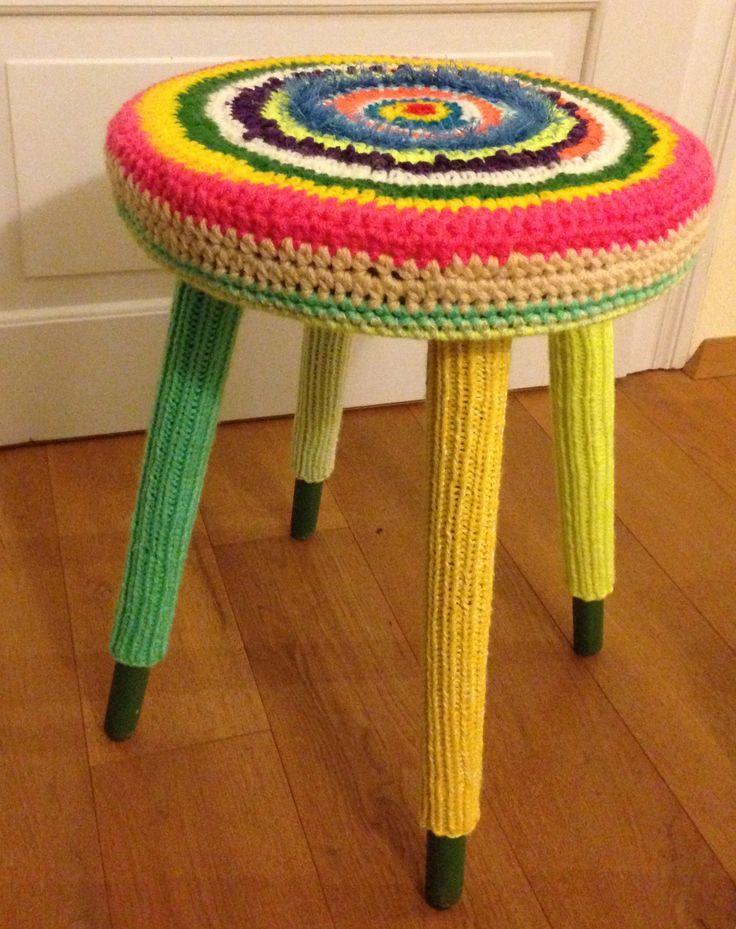 41 best Crochet - Stool Cover images on Pinterest | Bankette, Bänke ...