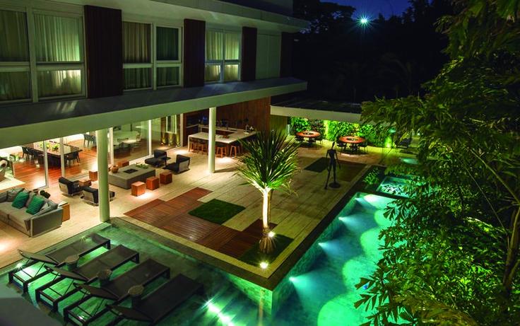El arquitecto Ricardo Rossi ha rehabilitadoesta vivienda residencial situada en São Paulo, Brasil