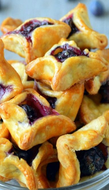 Blueberry Pie Bites -- this would be perfect if it was chocolate!