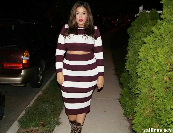 Who Says Curvy Girls Shouldn 39 T Wear Horizontal Stripes Plus Size Fashion Style Pinterest
