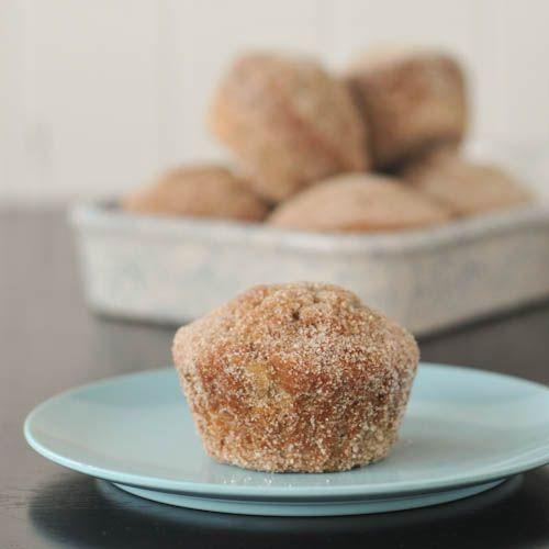 sugared chai latte banana muffins via @spabettie
