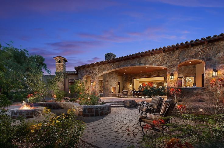 Southwestern ranch by calvis wyant luxury homes luxury for Executive ranch homes