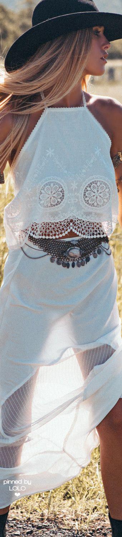 •≫∙∙☮ Bohème Babe ☮∙∙≪• ❤️ Babz ✿ιиѕριяαтισи❀ #abbigliamento #bohojewelry #bohosoul