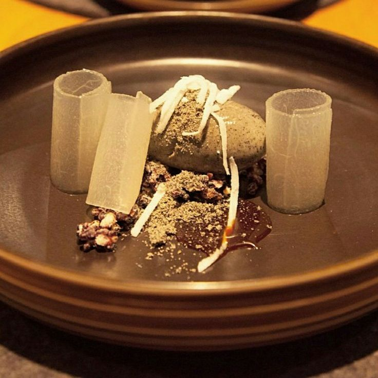 Apparently this masterpiece won dessert of the year. I can see (or taste) why  Whipped black sesame, toasted sesame powder, melon, puffed rice, coconut sugar #soooyummmm  #twochefhat #rosslusted #chefoftheyear2014
