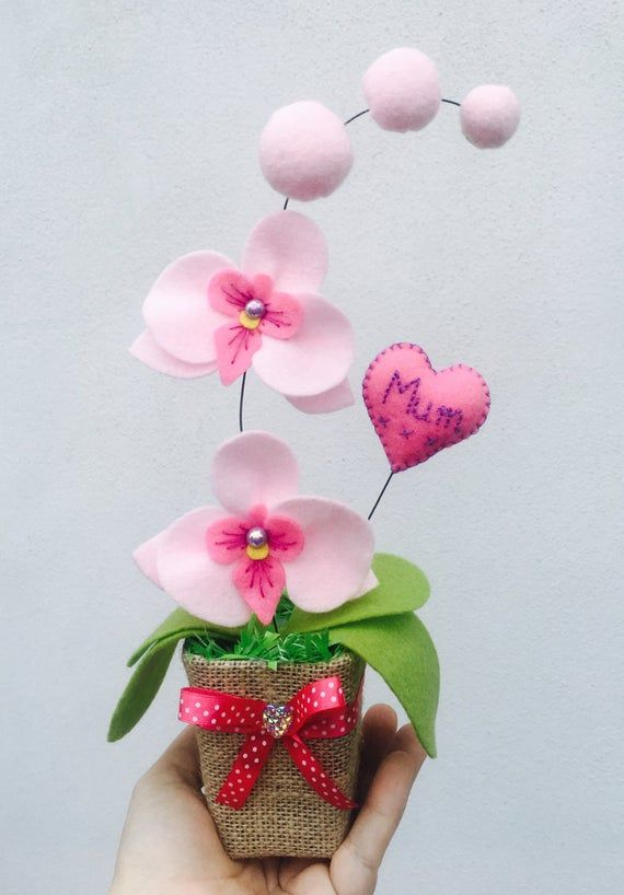 Personalised Pink Orchid Flower Mother S Flower Gift Felt Flowers Artificial Orchid Birthday Gift For Her Grandma Aunt In 2020 Fetrovi Kviti Paperovi Kviti Ideyi Podarunkiv