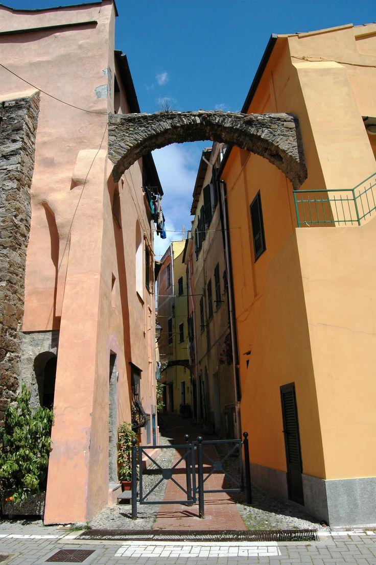 Santo Stefano al Mare (IM), centro storico