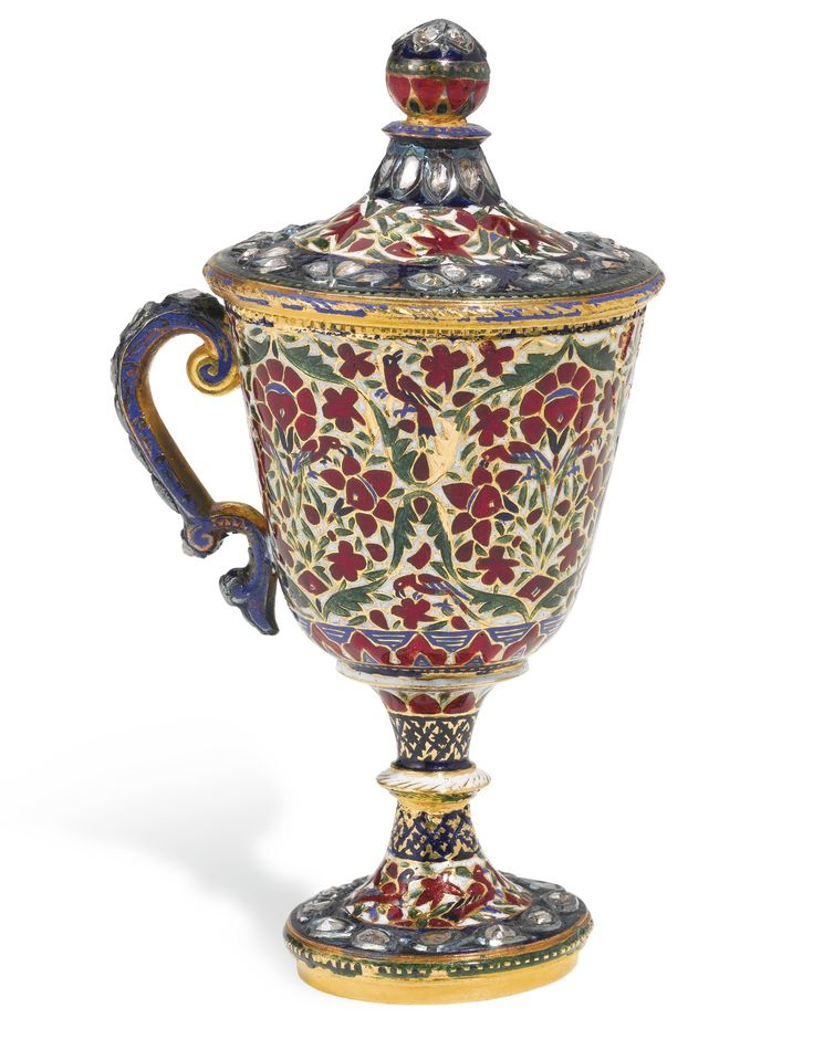 A DIAMOND-SET ENAMELLED GOLD GOBLET AND LID, JAIPUR, CIRCA 1900 the gold goblet with a floral design featuring birds, between diamond-set dark blue bands, lid with similar decoration