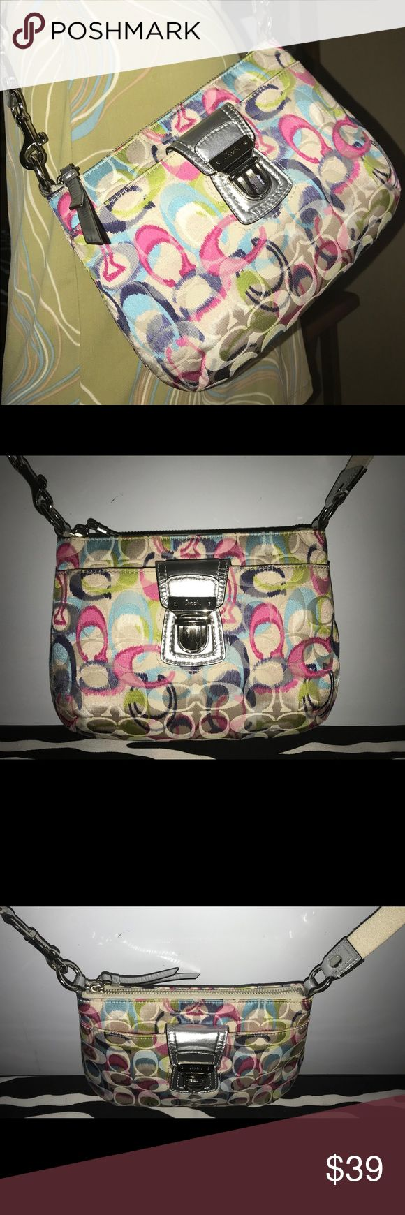 Auth Coach Poppy Signature Multicolor XBody  Bag Stylish Authentic Coach Swingpack Crossbody Multicolor Bag In Good Condition   • Extra Long Swingpack Strap  • Silver Leather Details  • Buckle Closure • Silver Hardware  • Signs Of Wear  • Soiled Exterior & Interior • Reasonable Offers Welcome  • Satisfaction Guaranteed Coach Bags Crossbody Bags