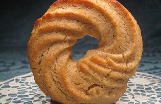 Biscotti alla farina di farro e miele - Ricercadiricette.it