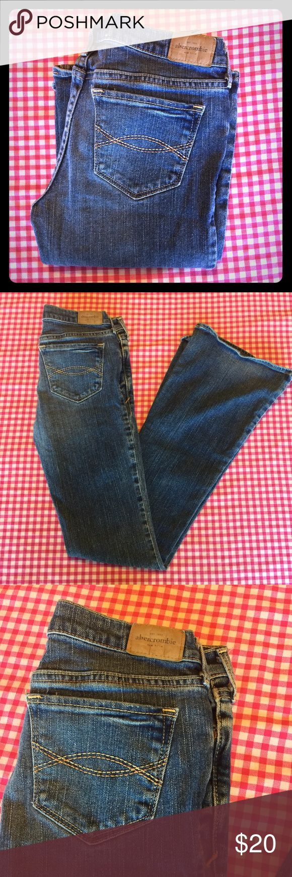 Abercrombie 🌸 Girls Cute Stretch Flare Jeans Abercrombie 🌸 Girls Cute Stretch Flare Jeans, Med Blue wash, classic style, Size 16 Slim, Waist laying flat- 13 inches, rise- 6.5 inches, inseam- 31 inches. In great used condition monitor signs of wear. Little rub on the bottoms. Abercombie Kids Bottoms Jeans