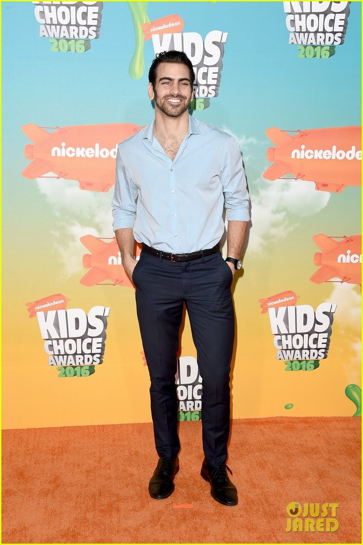 Nyle DiMarco at the Kids Choice Awards 2016