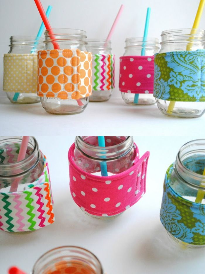 If you can sew a straight line, you can make a mason jar cozie! Get the tutorial here.