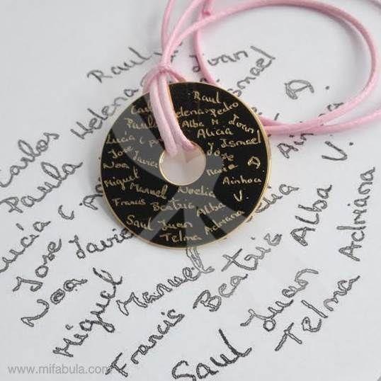 Otro ejemplo de cómo puedes personalizar tus regalos para tus Super Profes este #findecurso... mifabula.com