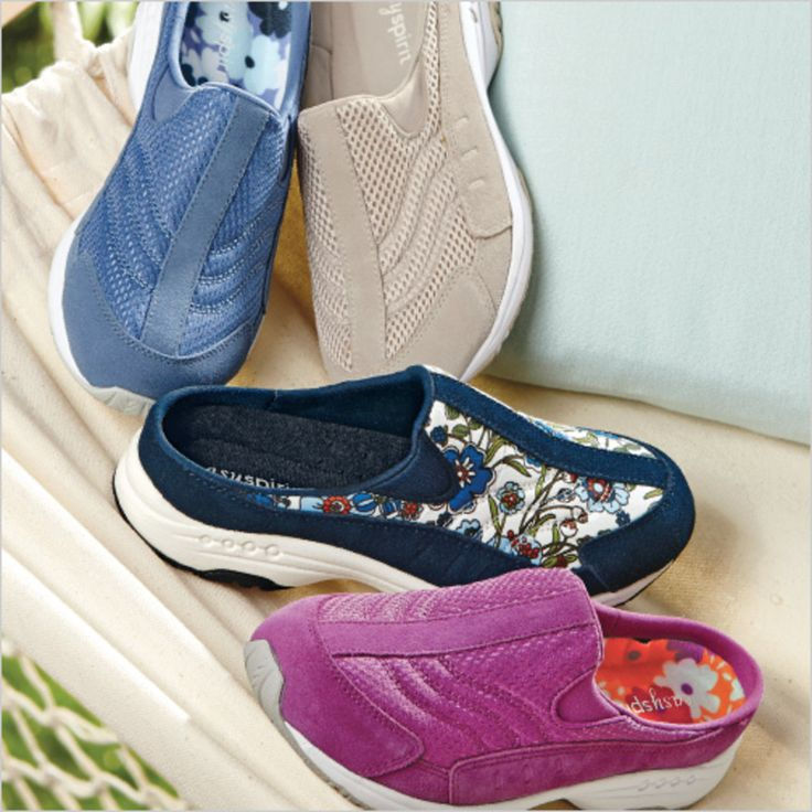 The Easy Spirit Traveltime - they're light, airy, and oh so wearable! #EasySpirit: Easyspirit