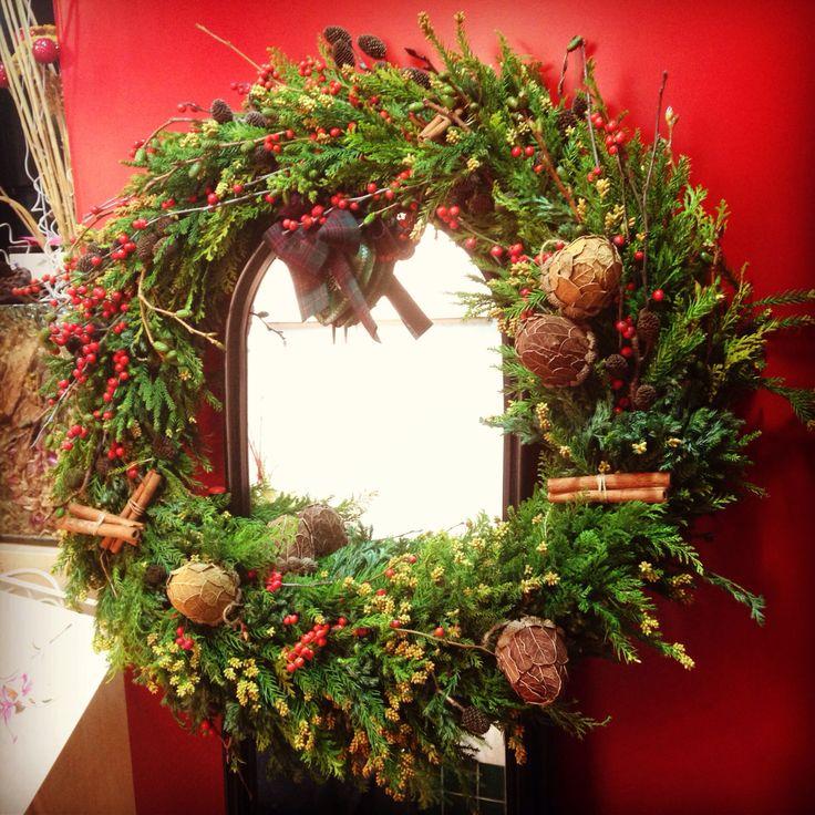 a huge winter wreath i made #fleurpium
