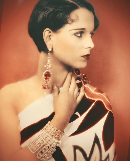 Louise Brooks    This has to be the most beautiful color job i've ever seen