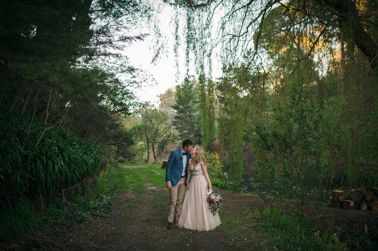 Lakeside walking trail. #GlenEwinEstate #Weddings #bridal #adelaidehills #photos
