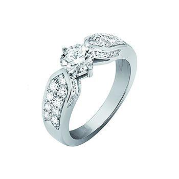 プリュム - CHAUMET(ショーメ)の婚約指輪(エンゲージメントリング)