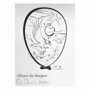 Un album da disegno, con una copertina tutta da colorare per simolare la fantasia #plieelifestyle
