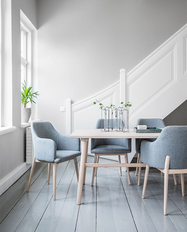 Ljus matgrupp från Torkelson.  My stol klädd i filt och Chess matbord.   #matgrupp #nordiskdesign #nordiskehjem