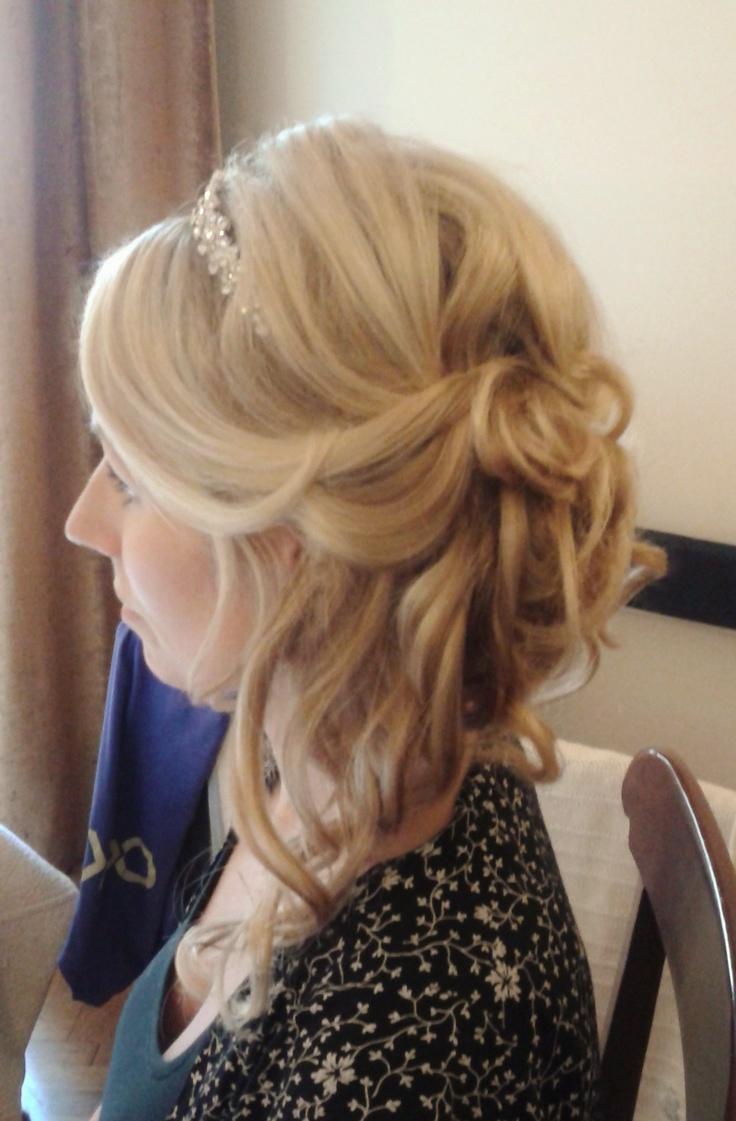 loose wedding hairstyle Rome, Italy by Janita Helova http://janitahelova.wix.com/janita-helova