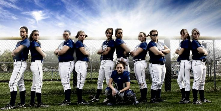 Cool Softball Team Picture Ideas