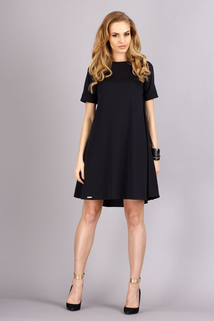 Black dress goals - Find This Pin And More On Ma A Czarna Little Black Dress