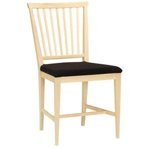 Vardags stol-Klädd sits med spikad alt. avtagbar klädsel. Domestik eller gummiväv. Vattentvätt 60°. I serien ingår även karmstol, bord och skänk. Levereras färdigmonterad.Homogent möte mellan överliggare och bakben.Varje ryggpinne är profilerad och unik i sin form.Bakbenen är vinklade på två ställen och ger stolen dess nätta och arbetade karaktär.Hörnklossar i sits för ökad stabilitet och hållbarhet.