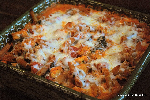 Chicken and Spinach Pasta Bake (10pp)