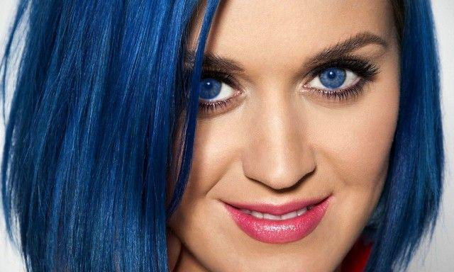 A kékszeműek ellenállhatatlanok és érzékenyek | Pink Domina