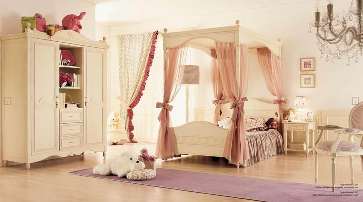 Luxusní dětský nábytek včetně postele od Ferretti & Ferretti naleznete zde: http://www.saloncardinal.com/galerie-ferretti-ferretti-aae