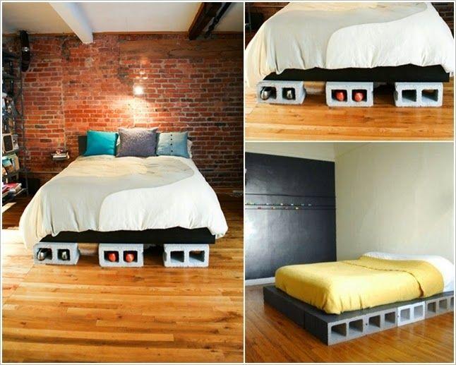4. Cama :  Não é todo mundo que vai achar necessário usar uma cama feita de tijolos,mas talvez pra quem esteja se mudando agora, e ainda não tem todos os móveis,essa ideia pode ser ótima,e além de cama ,funciona também como sapateira.