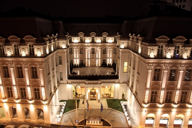 Old City... Grand Hotel Continental...