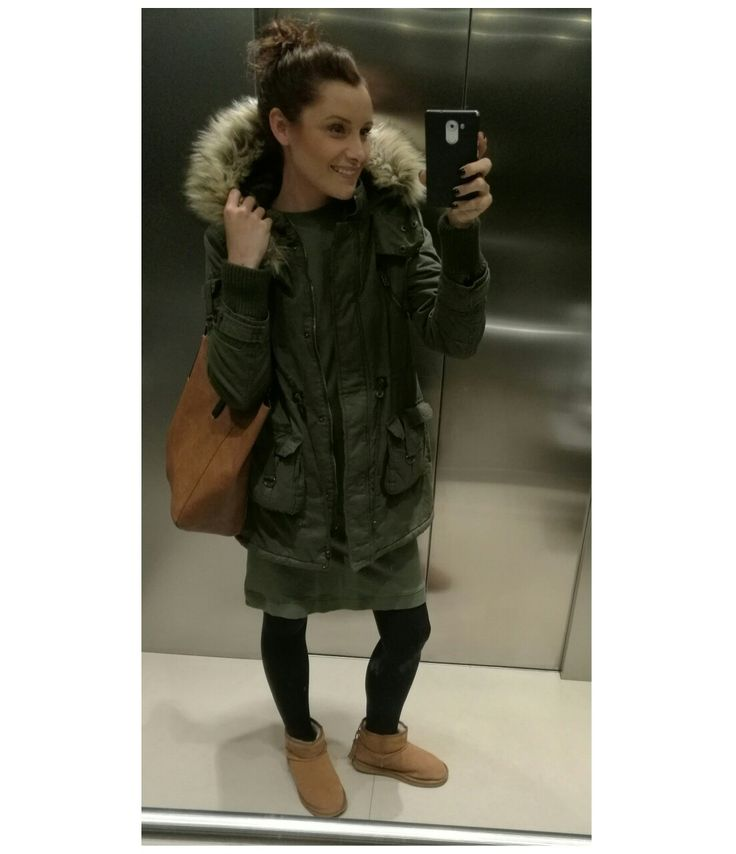 Khaki parka  #ootd #wiwt #outfit #outfitinspiration #outfitdailyofficial #outfitoftheday #wiw #whatiwear #whatiweartoday #whatiwore #look #lookoftheday #lotd #lookbook #fashion #dressbytez #fashionista #fashionblogger #fashiongram #fashionstyle #czech #czechgirl #czechblogger #dnesnosim  #lovefashion #style #street