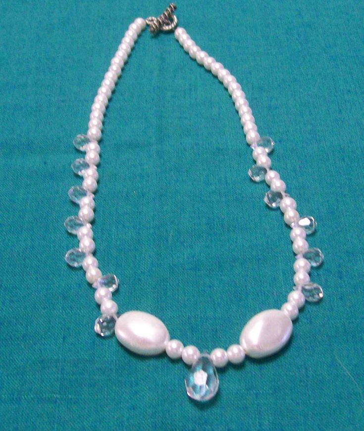 Pearl and crystal necklace - A$10.00